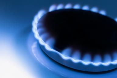 Palnik nie trzyma płomienia w kuchence gazowej