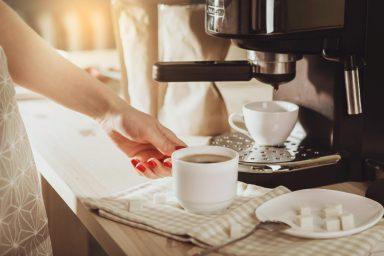 ekspres-do-kawy-cieknie