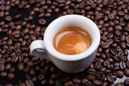 Jak dbać o ekspres do kawy Bosch CTL636ES1