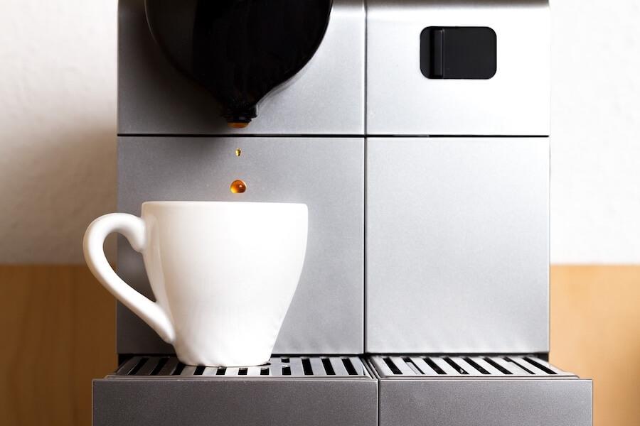 Uszkodzony zaparzacz w ekspresie do kawy – objawy