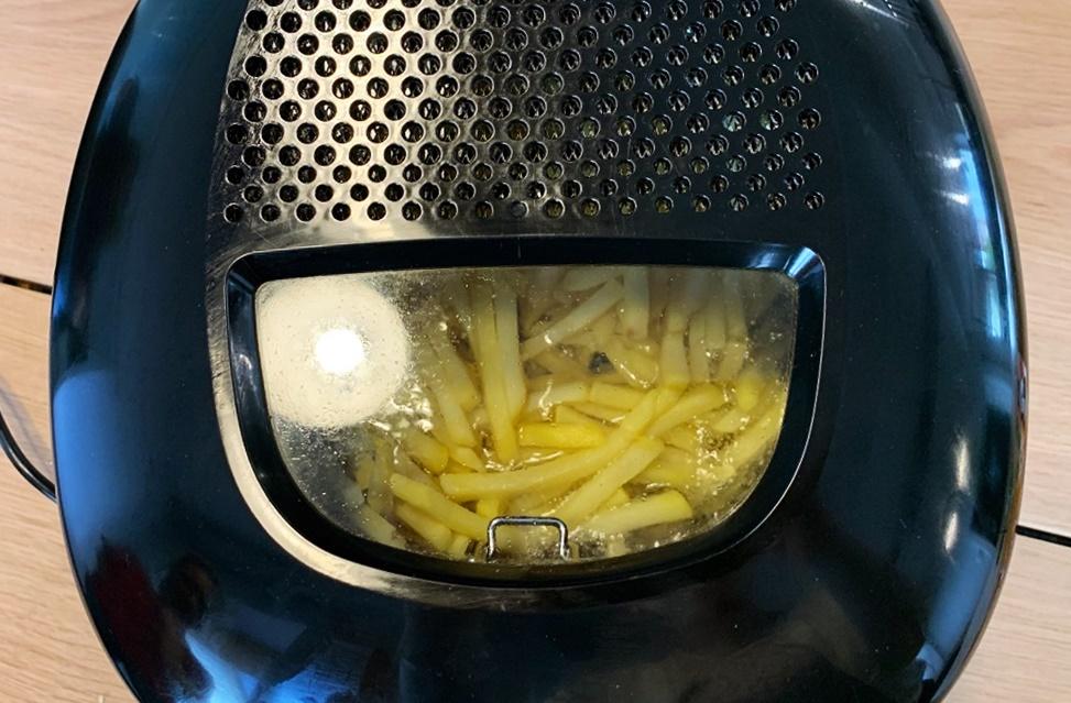 Frytkownica do kuchni – warto