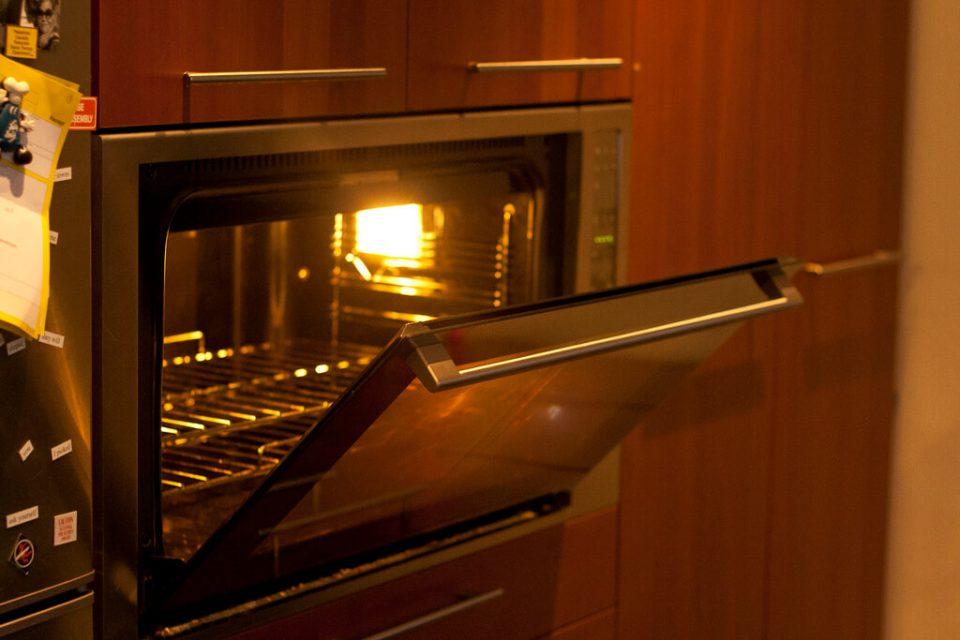 Do czego służy termoobieg w kuchence