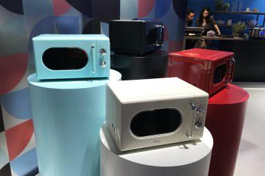Kolorowe sprzęty AGD na stoiskach IFA - nowy trend