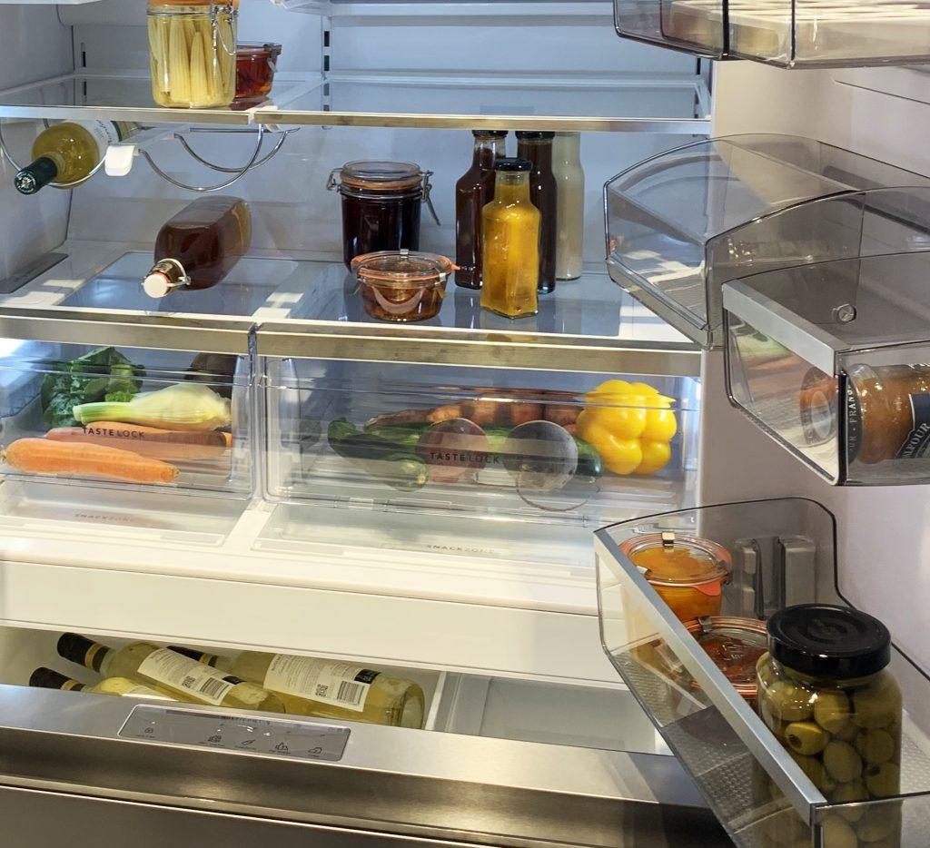 Jak przedłużyć świeżość produktów w lodówce