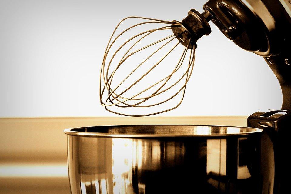 Robot-planetarny-–-na-co-zwrócić-uwagę-przy-zakupie