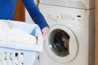 Nieprzyjemny-zapach-z-pralki