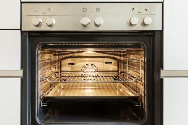 Piekarnik-czyszczenie-parowe.-Jak-to-działa