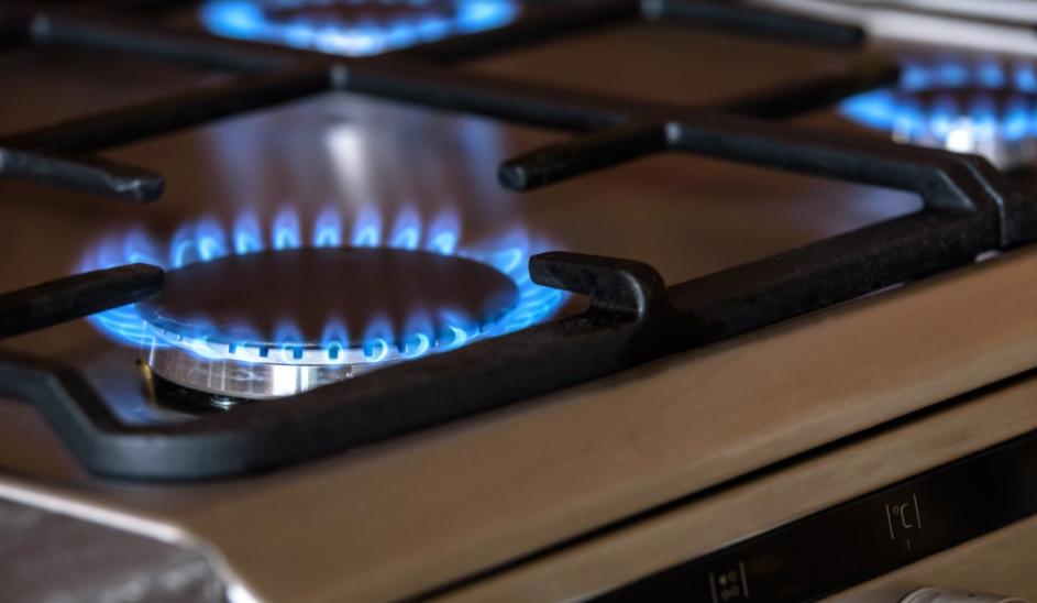 Jak usunąć spaleniznę z kuchenki
