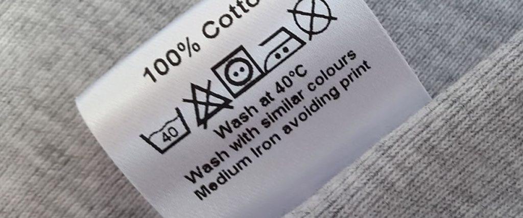 Dlaczego pralka mechaci ubrania