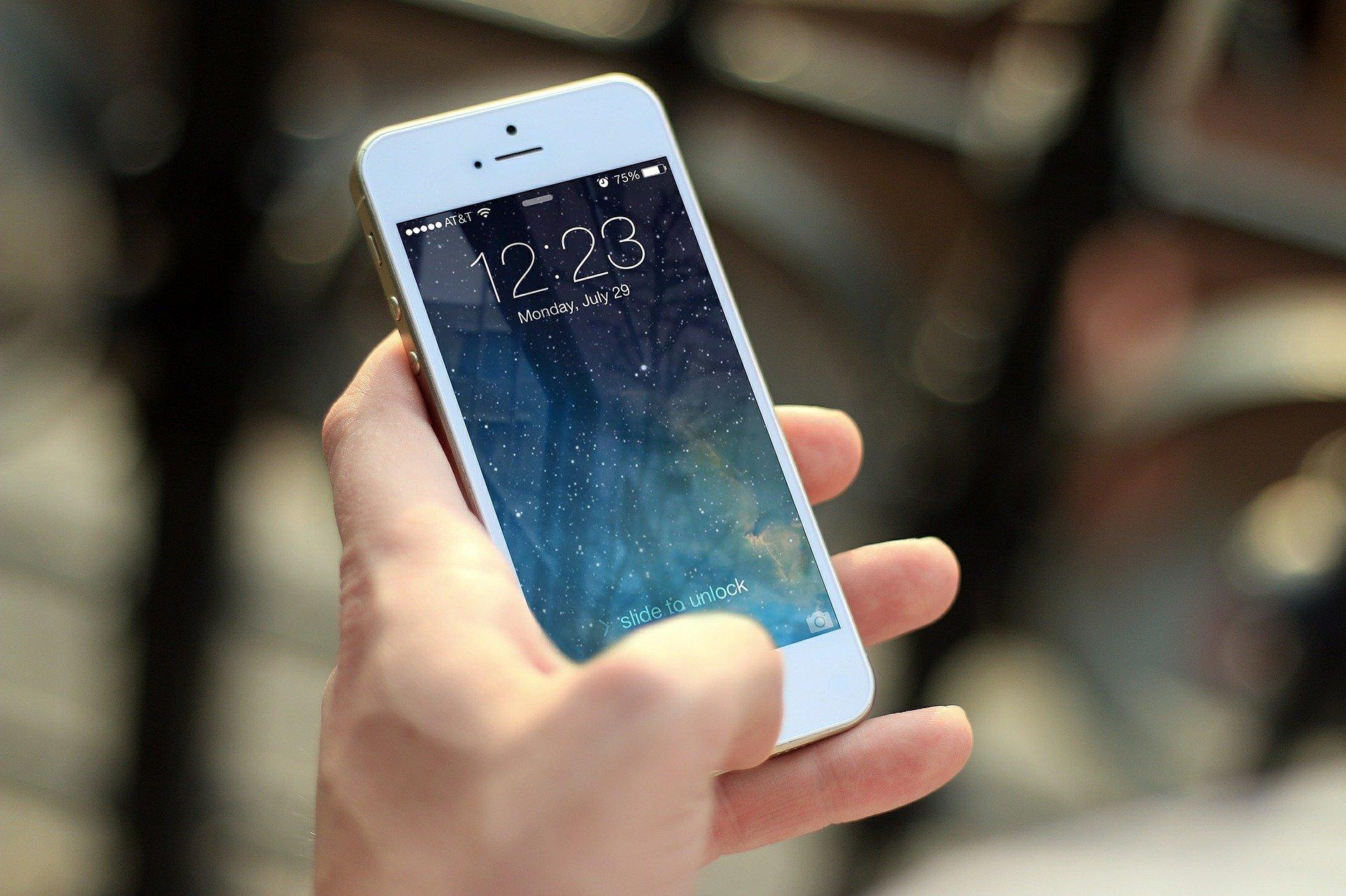 zabezpieczenie ekranu na smartfonie