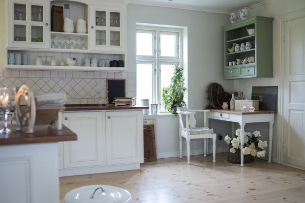 Czym czyścić blat kuchenny?