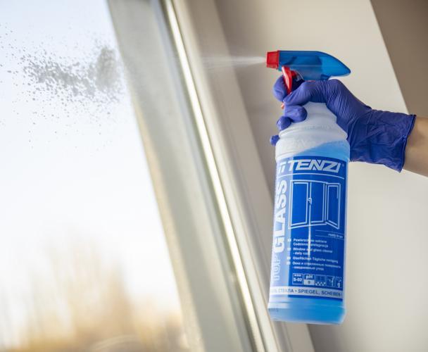Jak pozbyć się smug z okien