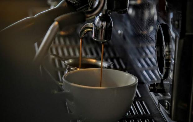 jak wyczyścić ekspres do kawy