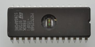 Eeprom | Pamięć M27C256B-15F1