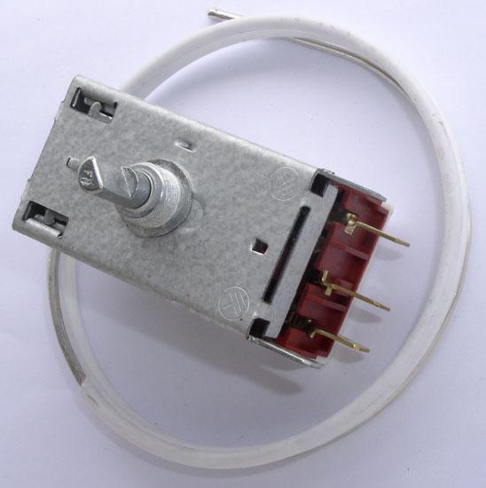 Termostat K59L2573 chłodziarki do lodówki Electrolux 2262147016,0