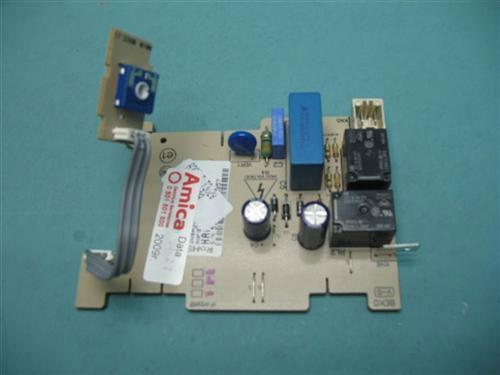 Programator   Moduł sterujący skonfigurowany do zmywarki Amica 1009818,0