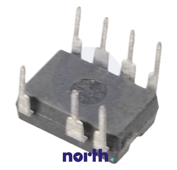 TNY176PN Tranzystor DIP-8 650V 720mA 140MHz,1